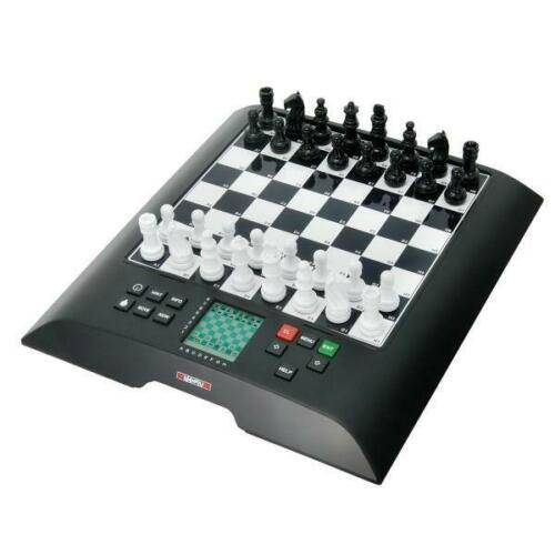 Schachcomputer Chess Genius M810